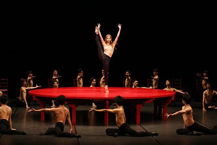 『横浜ベイサイドバレエ』 東京バレエ団『ボレロ』©Kiyonori Hasegawa