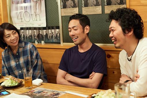 左から:菜月チョビ、中村勘九郎、丸尾丸一郎
