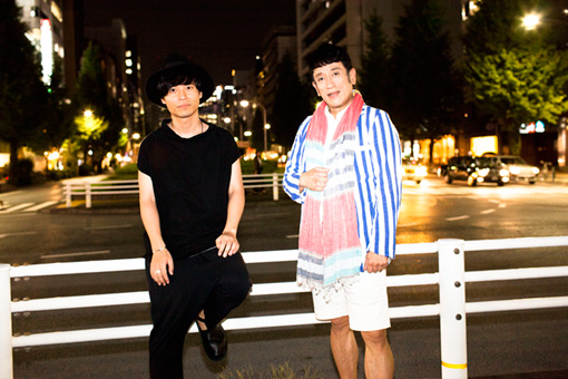 左から:中田裕二、クリス松村
