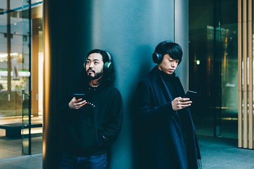 The Headphones Parkにて、アプリを使って音の調整を遊ぶように楽しむ方法や、ヘッドホンの性能をさらに語る。ここでしか見られない、GIF画像も公開中。