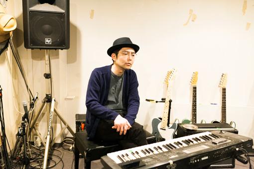 取材は「MATSURI STUDIO」で行われた