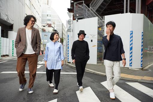 左から:丸尾丸一郎(劇団鹿殺し)、菜月チョビ(劇団鹿殺し)、鈴木圭介(フラワーカンパニーズ)、藤井隆