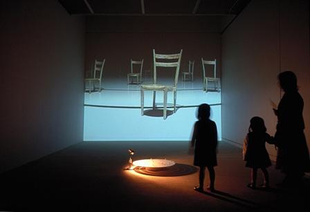 椅子の反映 inter-reflection 2001