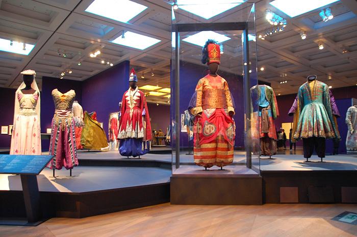 国立新美術館『魅惑のコスチューム:バレエ・リュス... 国立新美術館『魅惑のコスチューム:バレエ