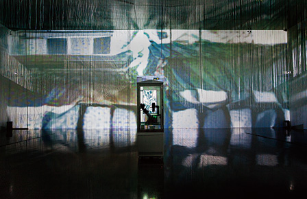 BCL『Ghost in the Cell』2015 撮影:金沢21世紀美術館