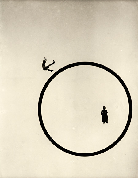 《どのようにして私は若く美しいままでいられるか?》1920年代 ハトゥラ・モホイ=ナジ・コレクション ©2011 Hattula Moholy-Nagy