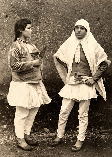 イラン『ナショナル ジオグラフィック』誌1921年4月号掲載 ©National Geographic Creative ナショナル ジオグラフィック蔵