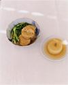 料理写真を問い直す、長野陽一の写真展『大根は4センチくらいの厚さの輪切りにし、』