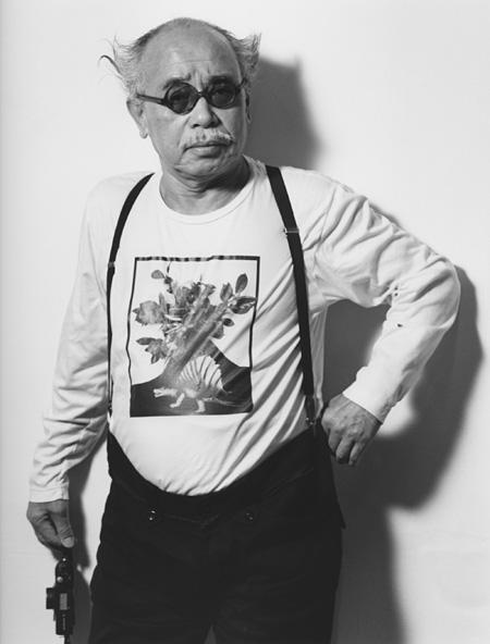 荒木経惟 荒木経惟の大規模展『往生写集-愛ノ旅』、「愛」をテーマに初期作から新作まで300点 -