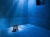 「描く」行為に着目する石田尚志展『渦まく光』、制作過程を作品化した「動く絵」展示