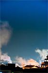 別府が舞台の芸術祭『混浴温泉世界』に大友良英ら参加のアートツアーやお化け屋敷