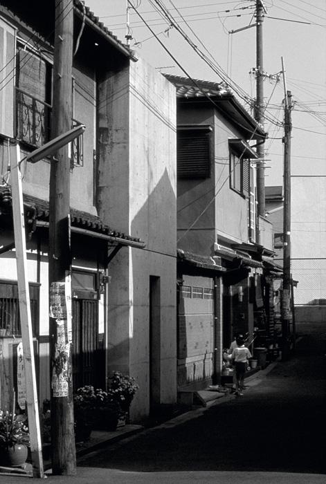 安藤忠雄『住吉の長屋』1976年 撮影:安藤忠雄