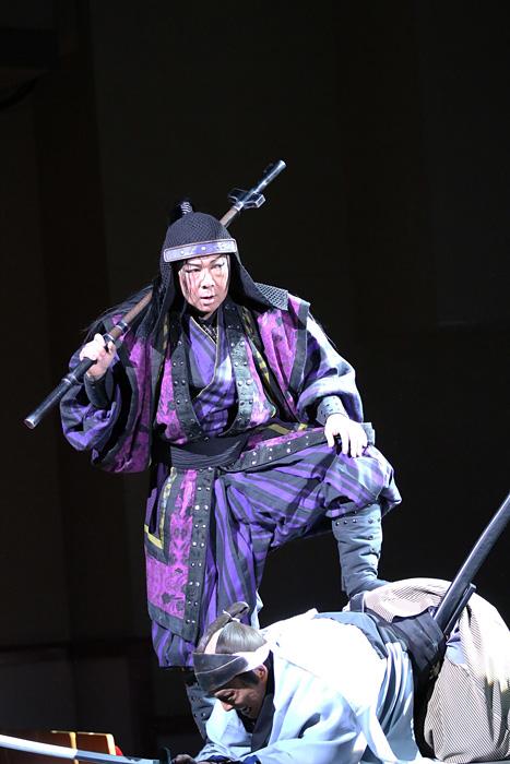 『乱鶯』 ©2016年『乱鶯』/ヴィレッヂ・劇団☆新感線