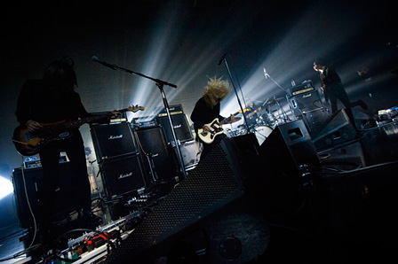 『THE NOVEMBERS TOUR - Romancé -』ライブ風景 撮影:タイコウクニヨシ