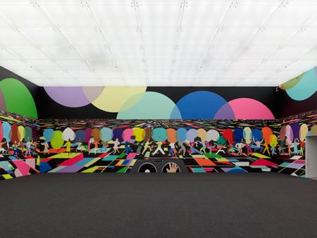 「ピーター・マクドナルド:訪問者 - ディスコ」 展示風景 金沢21世紀美術館 撮影:渡邊修 提供:金沢21世紀美術館