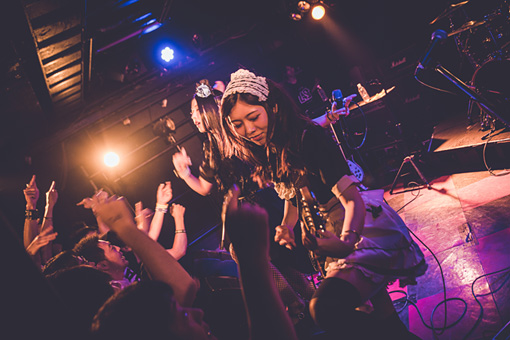 BAND-MAID(撮影:tktk photography)