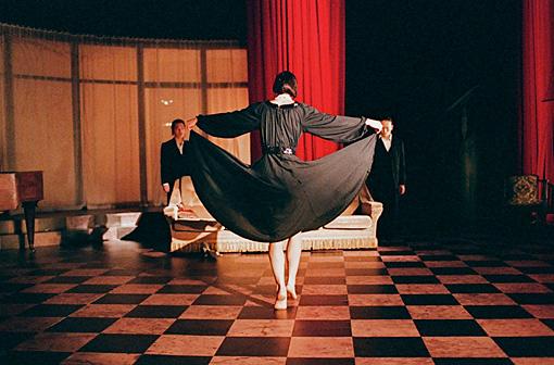 ピーピング・トム『A Louer / フォー・レント』(2014年) ©Herman Sorgeloos