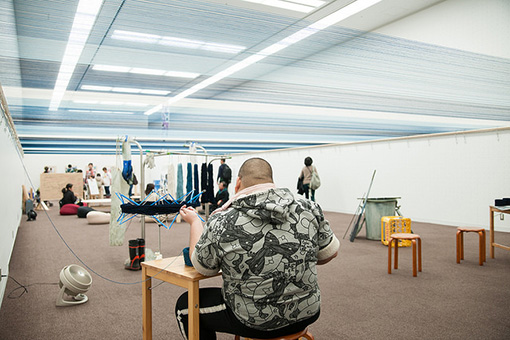 昨年の『TURNフェス』での五十嵐靖晃×クラフト工房La Manoによる作品『New horizon』の様子 / 撮影:池ノ谷侑花(ゆかい)