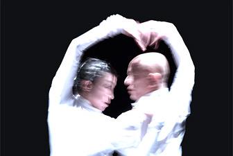 世界最高レベルの身体表現。勅使川原三郎が伝説的作品を再演
