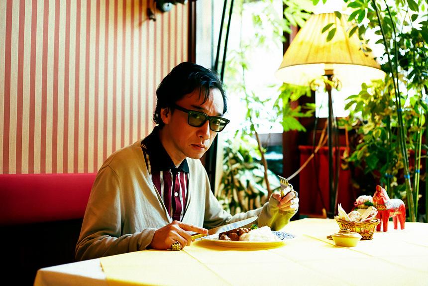 菊地成孔の美食コラム 「幼児退行の幸福にまみれるミートボール」