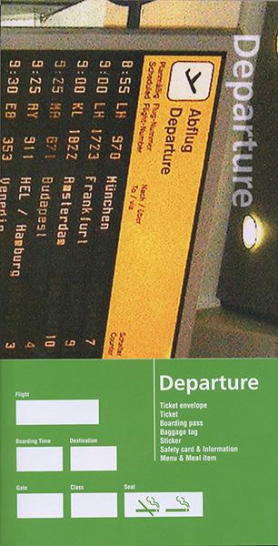 『Departure』。柳本浩市がコレクションした航空会社のグラフィック・アイテム集。様々な国のチケット、搭乗券、タグ、パッケージ、ステッカー、機内食のパッケージ類などが収録されている ©Nacása & Partners