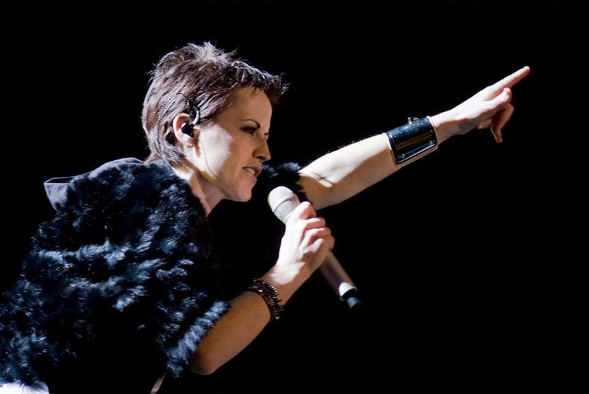 The Cranberriesボーカルの突然の死 U2、R.E.M.ら多くの著名人が追悼