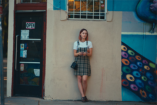 『レディ・バード』 Merie Wallace, courtesy of A24