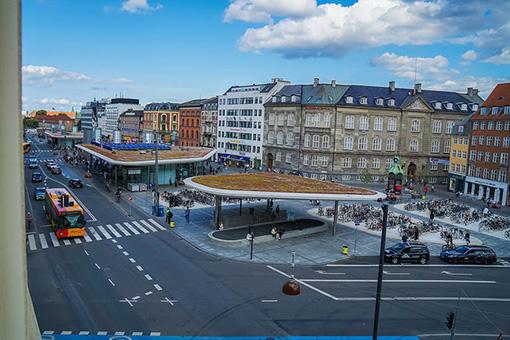 Nørreport Station。最大で2,500台の自転車を停めることができる