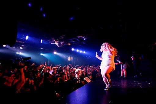 2016年に行なわれた渡辺直美のニューヨーク公演の模様