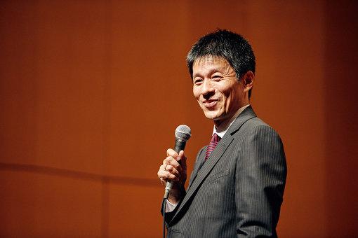 山田雅人が、『かたりの世界~チャップリン物語』公演で敬愛するチャップリンについて40分語り尽くした