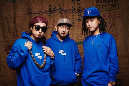 韻シストBAND(左から:SHYOU、TAROW-ONE 、TAKU)