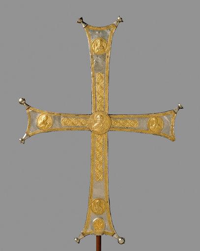 ビザンチンの十字架 Processional Cross, Byzantine, ca. 1000-1050, silver, silver-gilt; The Metropolitan Museum of Art, Rogers Fund, 1993 (1993.163) Image ©The Metropolitan Museum of Art