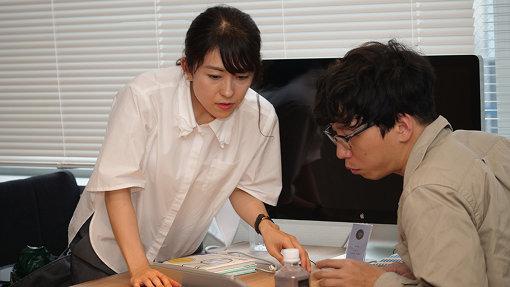 本の翻訳しただけなのにお祭りの相談をされる柳澤さん。右が筆者です。