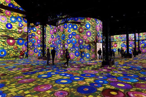 パリ初のデジタルアートミュージアム、ラトリエ・デ・リュミエール館内 ©Culturespaces / E. Spiller