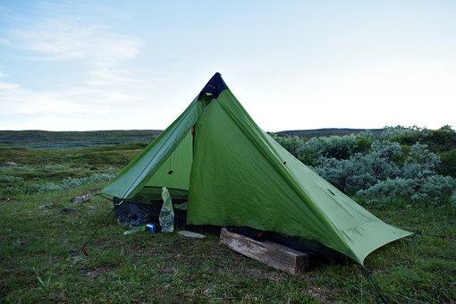 27日間をともにしたテント