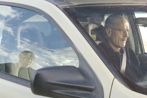 2004年型ポンティアック・アズテックに乗るウォルター・ホワイト / © 2008 Sony Pictures Television Inc. All Rights Reserved.