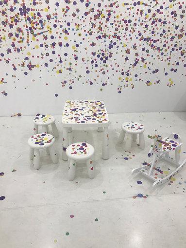 中国で草間彌生の贋作が展示された展覧会の様子 Installation View: 上海 LuOne 凯德晶萃广场 Courtesy: YAYOI KUSAMA  FOUNDATION