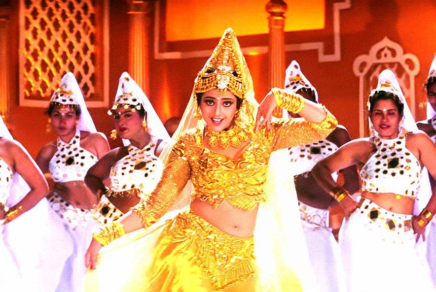 伝説的なインド映画『ムトゥ 踊るマハラジャ』再上映。いま観る意義とは?