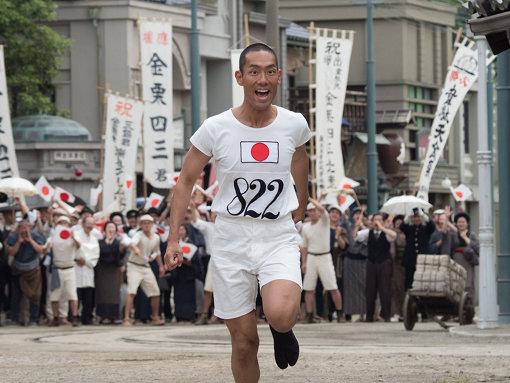 NHK大河ドラマ『いだてん~東京オリムピック噺~』で中村勘九郎が演じる金栗四三