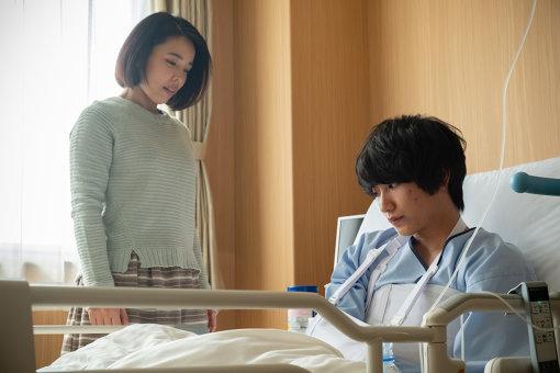 安藤玉恵演じる母親も純の苦悩を知り、寄り添おうとする