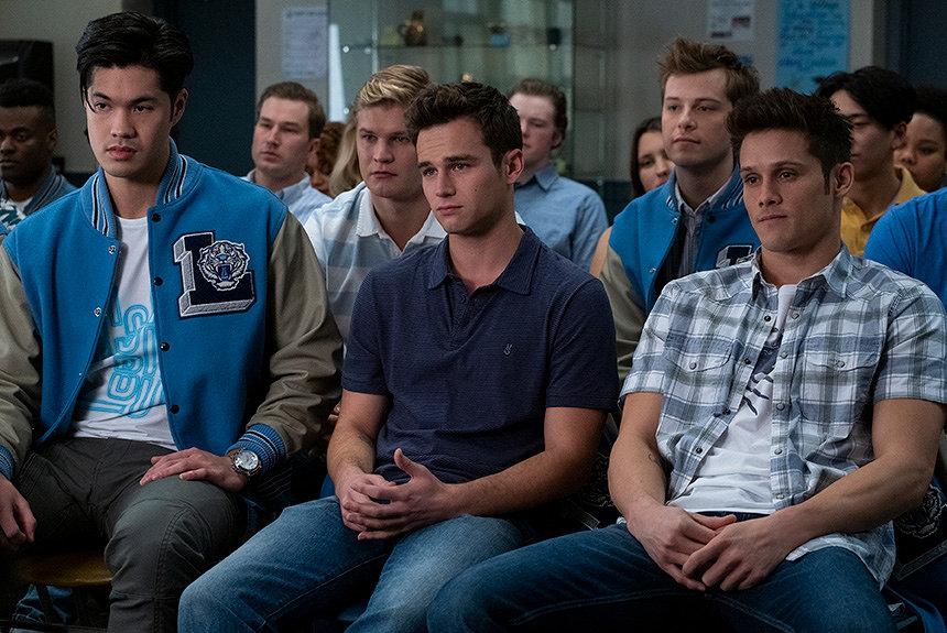 『13の理由』シーズン3配信。「有害な男らしさ」や運動部のカルチャーも描く