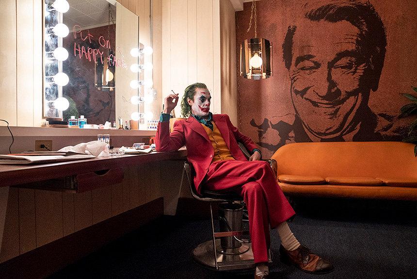 『ジョーカー』はなぜ無視できない作品なのか?賛否の議論を考察