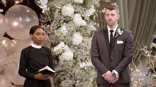 『ラブ・イズ・ブランド』では最終的に結婚の意思があるか否かを結婚式の場で確認する