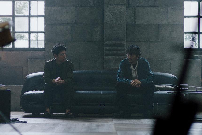 King Gnu常田が語る、ロマンと人生観 妻夫木聡が「大人」を問う
