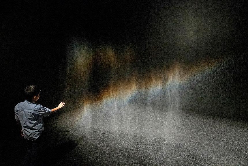 オラファー・エリアソンが語る、分断や孤独で揺れる現実への回答