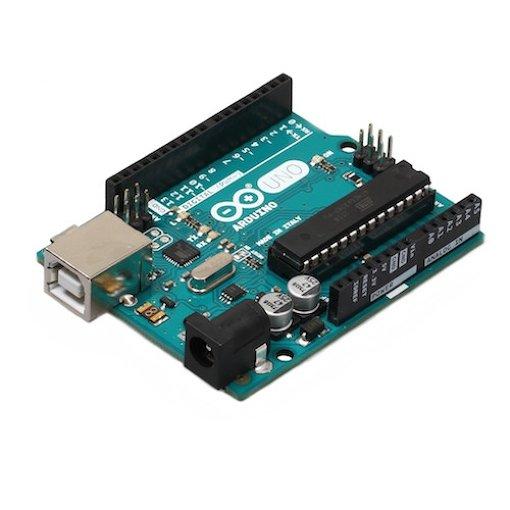 美大の授業などでも使われている、代表的なマイコンボード「Arduino」。実売価格は約3,300円程度(写真提供:スイッチサイエンス)