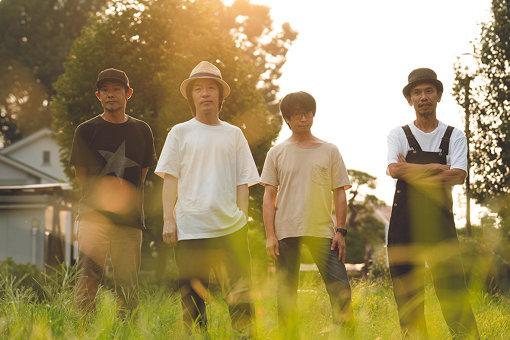 フラワーカンパニーズ<br>左から:ミスター小西(Dr)、鈴木圭介(Vo)、竹安堅一(Gt)、グレートマエカワ(Ba)<br>名古屋が生んだ「日本一のライブバンド」フラワーカンパニーズ。通称フラカン。2020年8月27日、横浜アリーナにて無観客配信ライブ『フラカンの横浜アリーナ -リモートライヴ編- ~生き続けてる事は最大のメッセージ!~』を開催する。