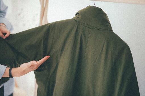 袖と後身頃の切り替え位置が見当たらないM-90の背中