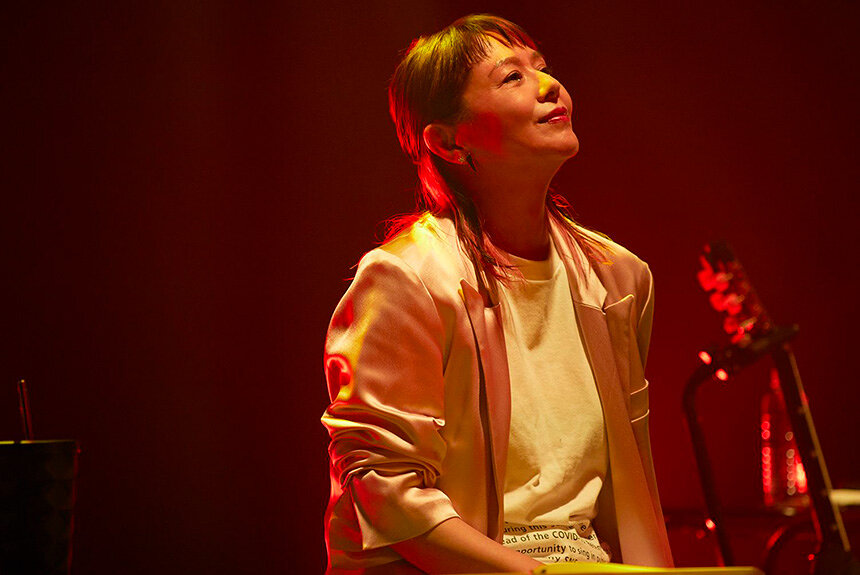 多彩な小泉今日子の歌手としての魅力 現在までの曲で振り返る