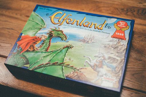 ドラゴンの絵が目を引く『エルフィンランド』のパッケージ